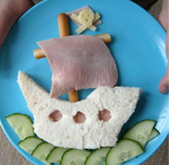 Pirate boat sandwich
